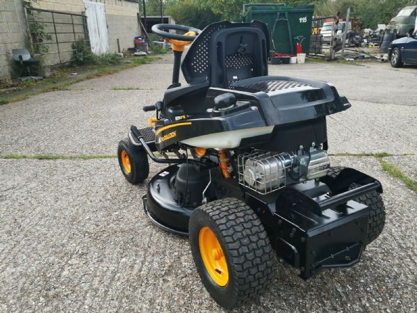 "McCulloch M105-77x Compact ride on Mower 30"" Cut  10.5HP Briggs Engine"